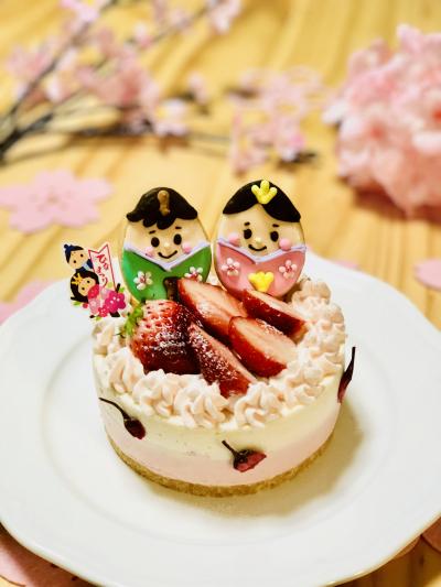 ひなまつりのムースケーキ