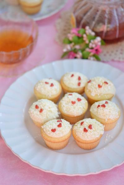 スノーホワイトカップケーキ