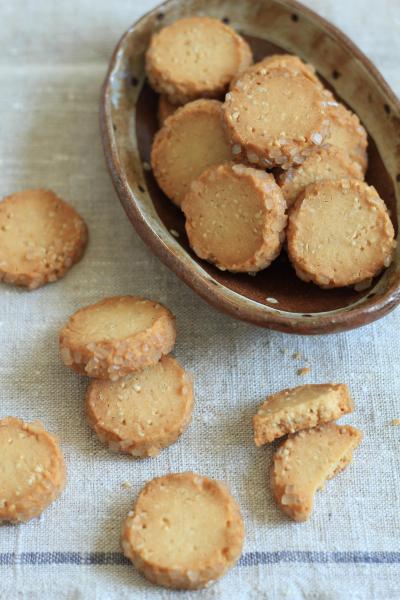 玄米ごまクッキー