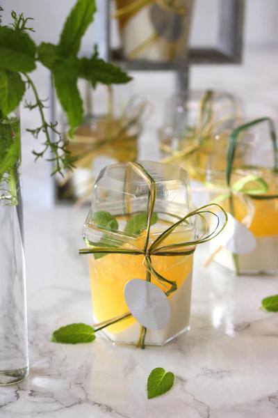 煎茶と柚子のヴェリーヌのラッピング。