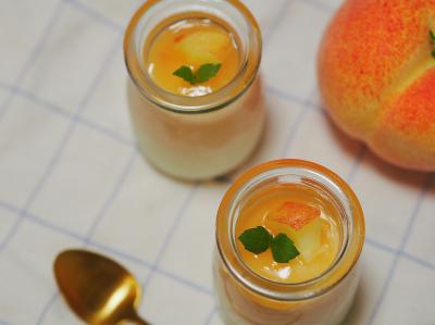桃とヨーグルトのムース