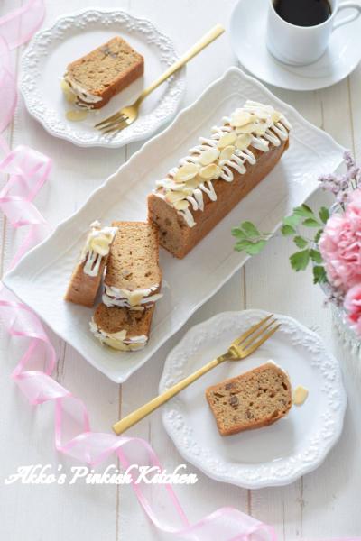 くるみとアーモンドのコーヒーパウンドケーキ