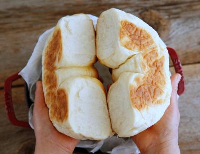 オーブン不要!ストウブ鍋で作るちぎりパン