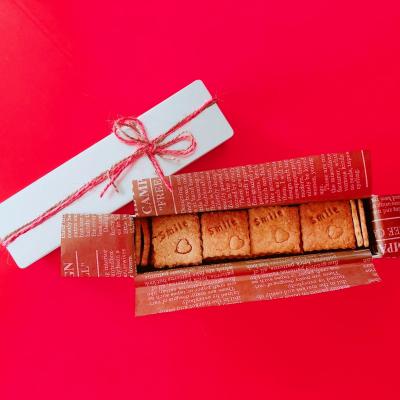 麻紐とクッキー缶で小さなお菓子をラッピング♪