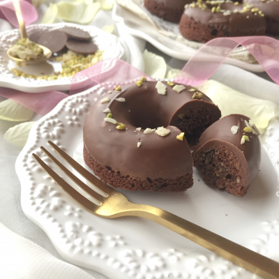 簡単*チョコとナッツのしっとりドーナツ