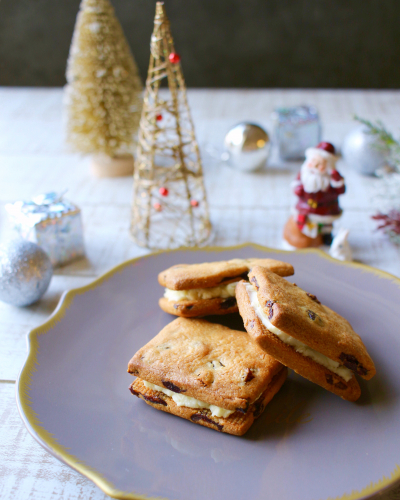クランベリーinホワイトチョコチーズサンドクッキー
