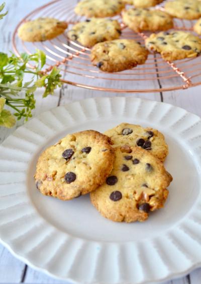 ざくざくチョコチップとくるみのクッキー