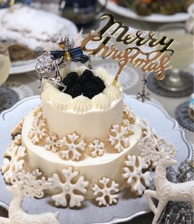 スノーホワイトクリスマスケーキ