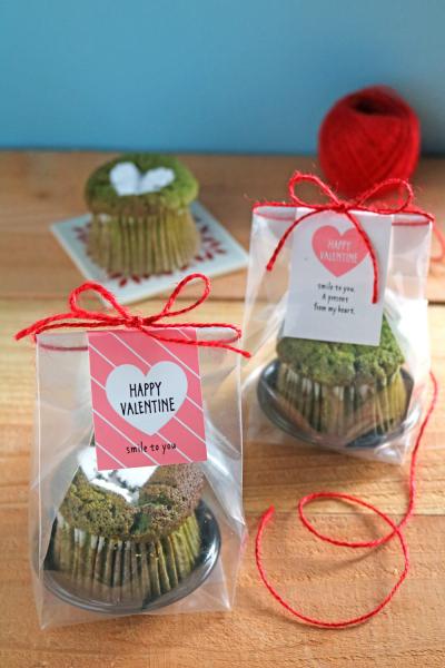 抹茶マフィンのバレンタインラッピング