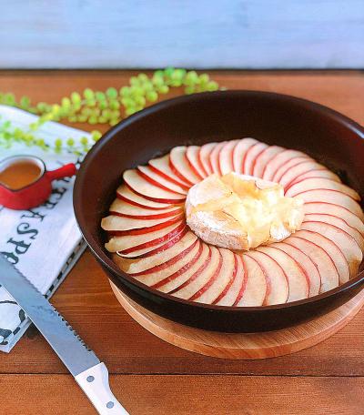 フライパン1つでカマンベールアップルパンケーキ