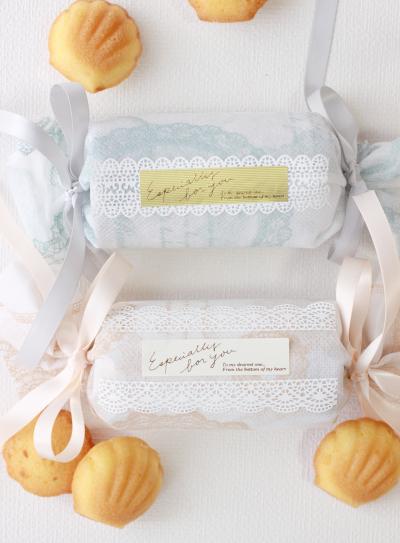 マドレーヌのキャンディ包み