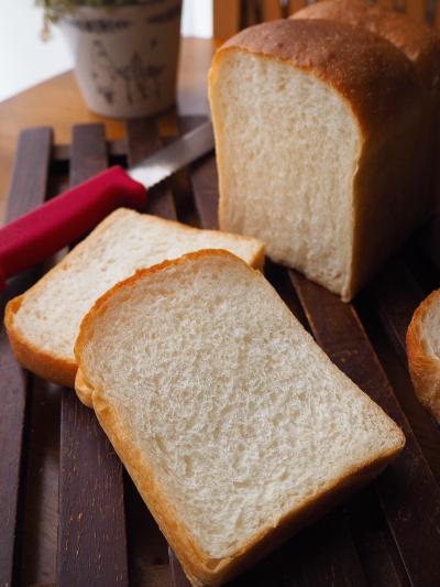 ふわふわしっとり♪ 基本の山食パン