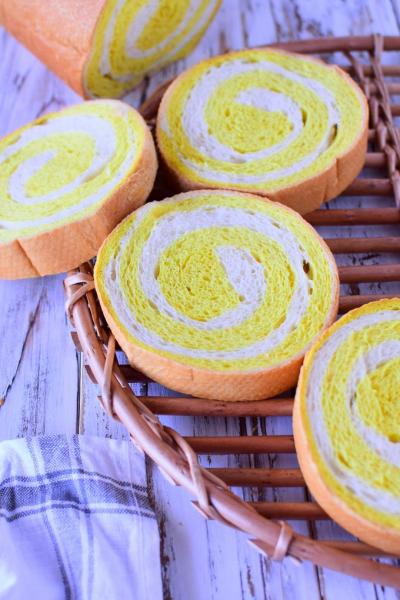 カレーの渦巻きパン