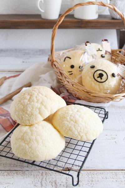 中種法で作るふわふわ大きなメロンパン