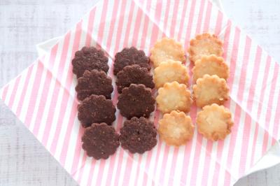 小麦・卵・乳不使用☆米粉クッキー2種(白あん・ココア)