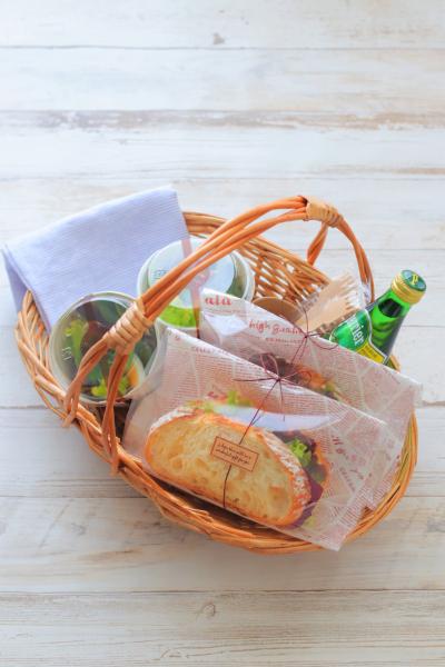 サンドイッチのラッピング