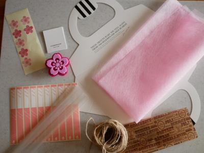 桜のスティックパンのラッピング