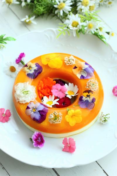 マンゴーオレンジとチーズのフラワーゼリー