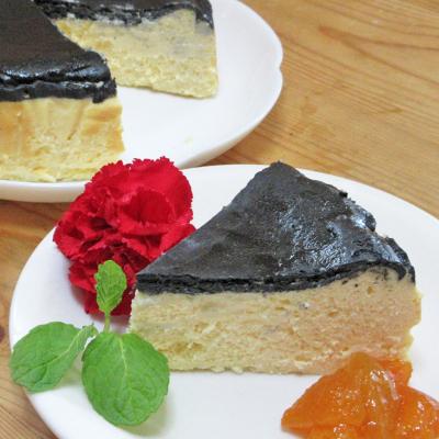 焦がさない!なんちゃってバスク風竹炭チーズケーキ