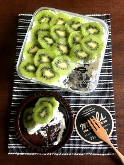 【オーブン不要!めちゃくちゃ簡単】キウイのスコップケーキ