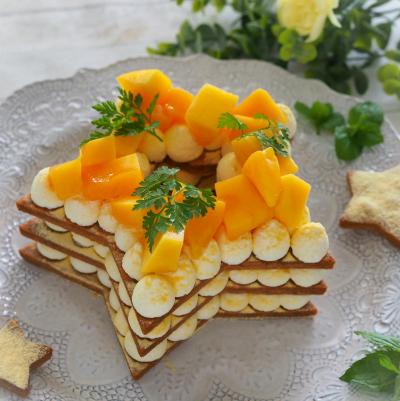 星型マンゴークッキーケーキ
