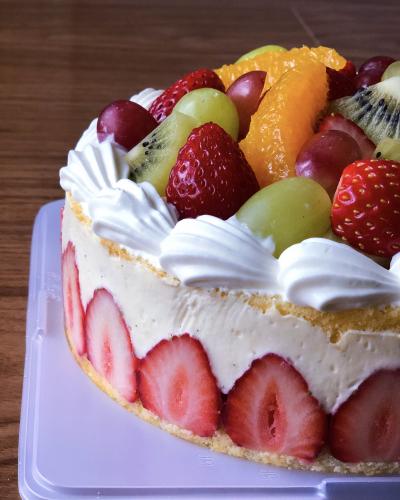 〜フレジェ風〜         フルーツカスタードケーキ