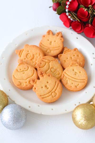 ザクザククッキーのキャラメルクリームサンド