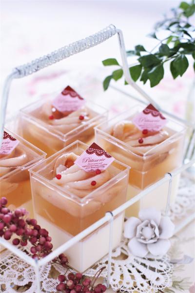 桃とマスカルポーネチーズのベリーヌ
