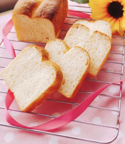 ミニパウンド型二つ山食パン ~ふわもち♡~