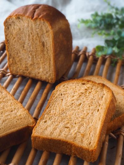 ほんのり甘い♡黒糖食パン
