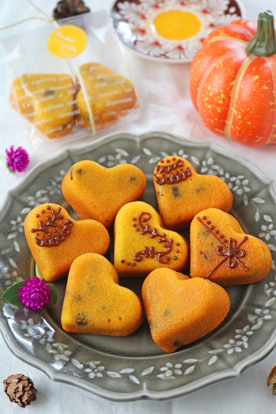 しっとりメイプルかぼちゃ小豆のミニケーキ