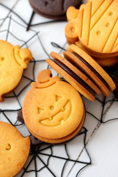 キャラメルチョコサンドクッキー