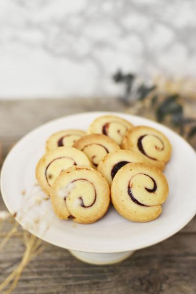 ラズベリーのぐるぐるクッキー