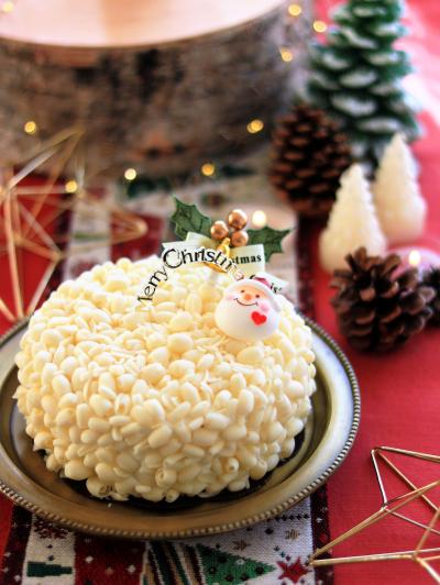 ホワイトチョコとフランボワーズのクリスマスデコレーションケーキ