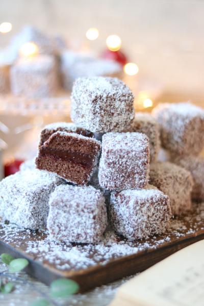 オーストラリアの伝統菓子「ラミントン」