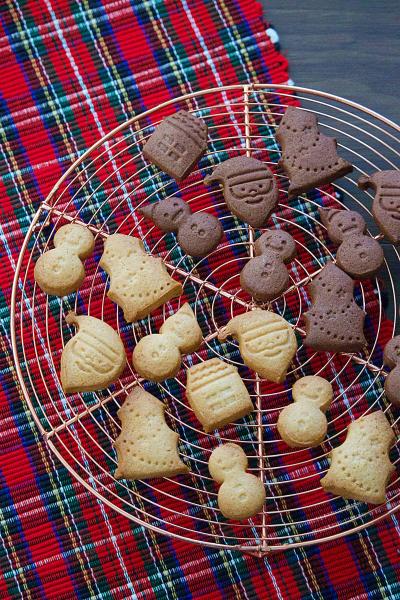 止まらない美味しさ!一度に2種類作れる*ジンジャークッキー