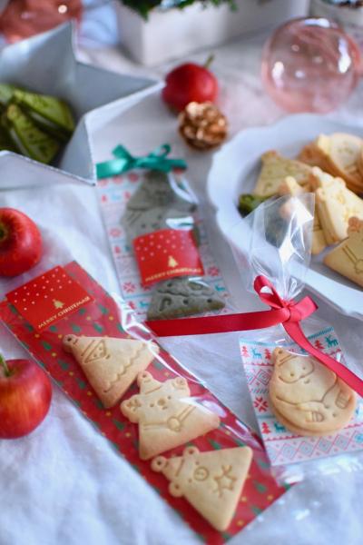 スタンプクッキーのクリスマスラッピング