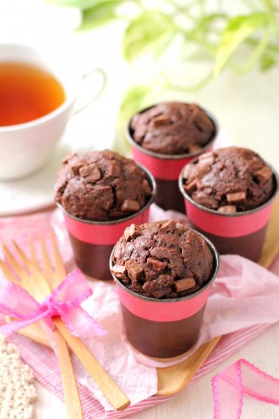 混ぜるだけ!濃厚チョコレートカップケーキ