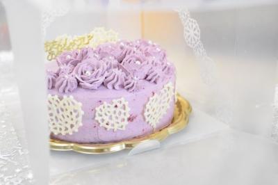 お誕生日ケーキのラッピング