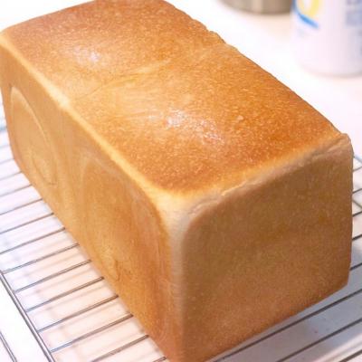 耳まで柔らかしっとり生食パン