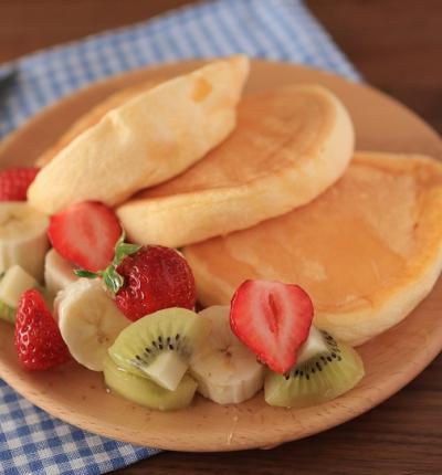 小麦粉、乳製品を使わないふわふわスフレパンケーキ