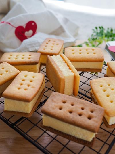 レンチン3分♡濃厚チーズケーキのクッキーサンド