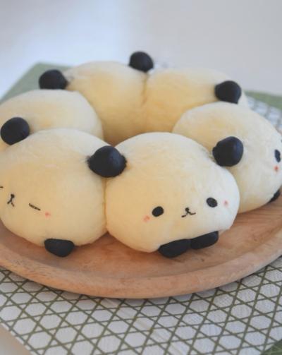 杏仁パンダのちぎりパン♪