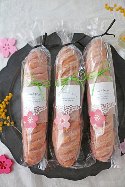 桜のミルクフランスのラッピング