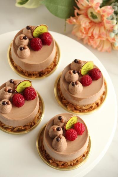 チョコとラズベリーのムースケーキ