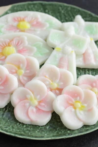 名古屋の桃の節句のお菓子 おこしもの