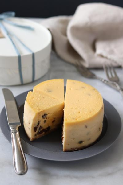 大人のラムレーズンNYチーズケーキ