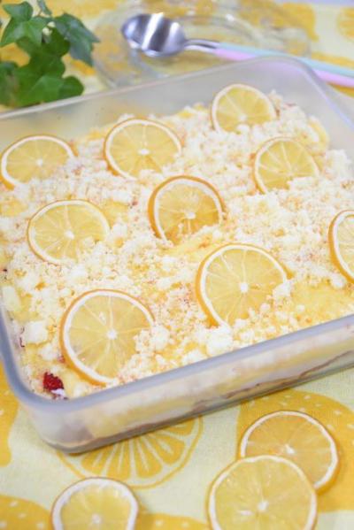 レモンといちごのティラミス