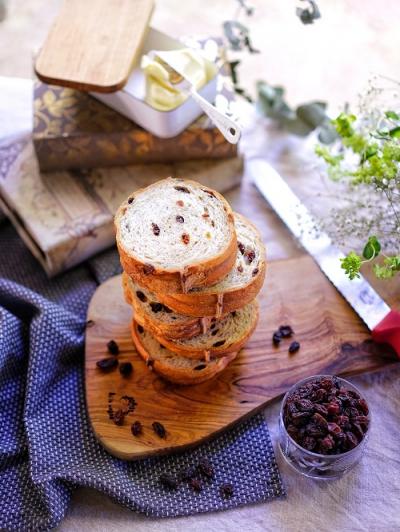 黒糖レーズンラウンドパン