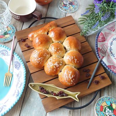 パーティーの彩りに☆葡萄のぶどうパン